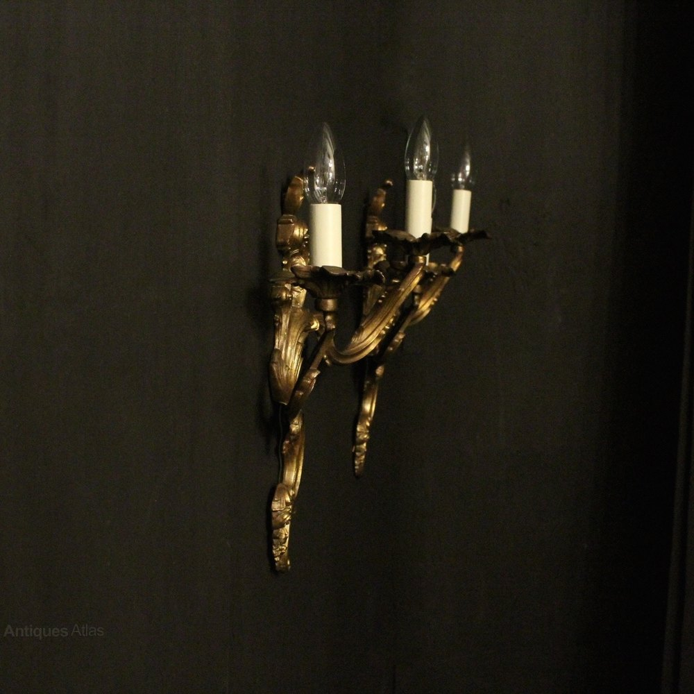 Antiques Atlas - Italian Pair Of Gilded Twin Arm Wall Lights