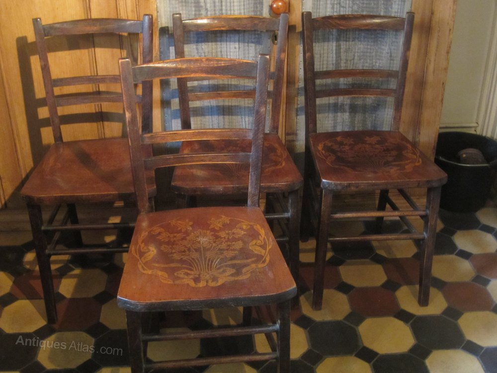 Set Of 4 Wooden Kitchen Dinning Room Chairs Antiques Atlas
