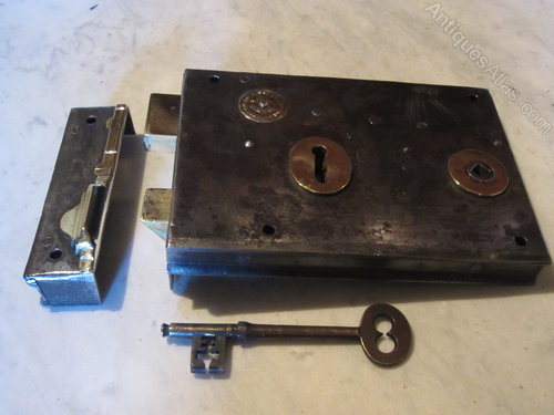 Victorian Rim Lock With Key - Antiques Atlas - Victorian Rim Lock With Key