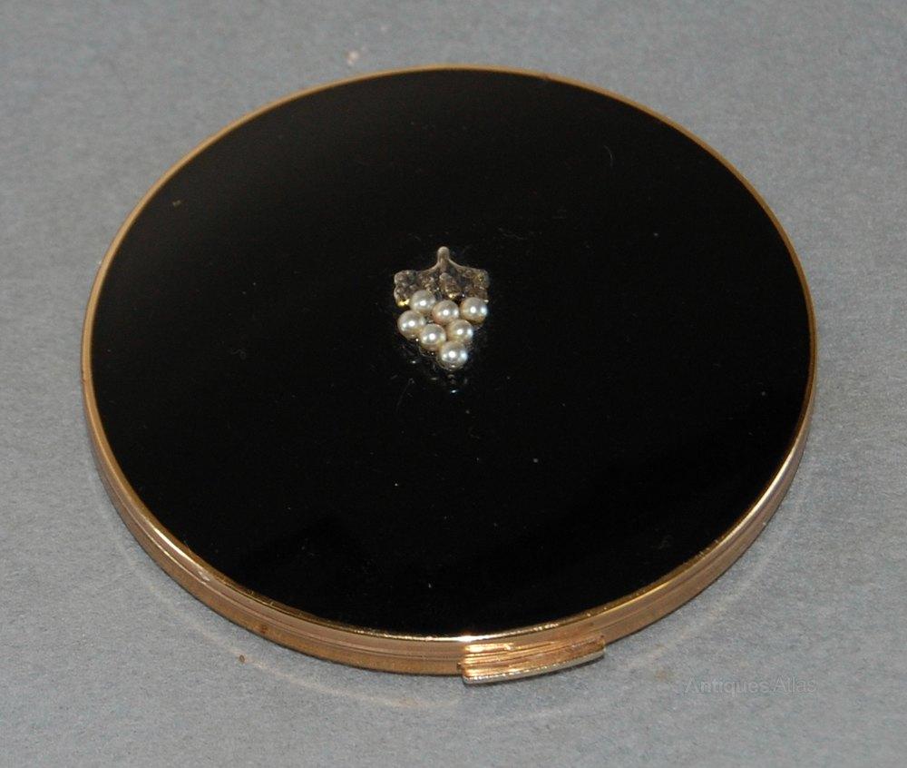 Antiques Atlas Vintage Stratton Black Compact