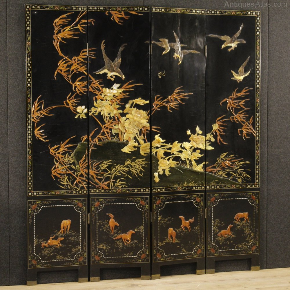Antiques atlas 20th century chinoiserie lacquered screen for Meuble chinois ancien