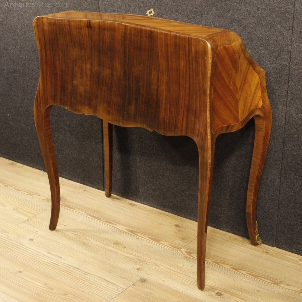 Antiques atlas french bureau in rosewood palisander for Bureau in french