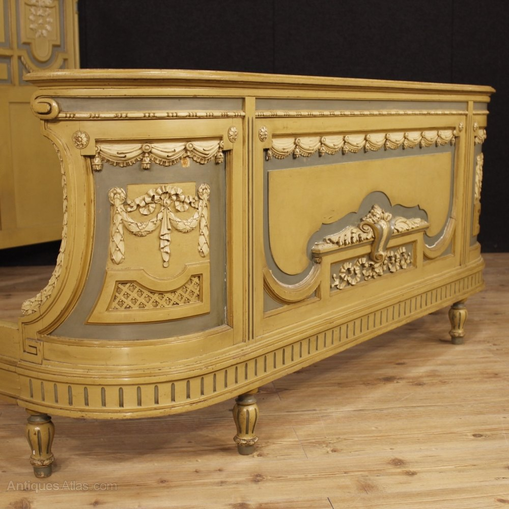 Italian Bed In Lacquered Wood In Louis Xvi Style Antiques Atlas