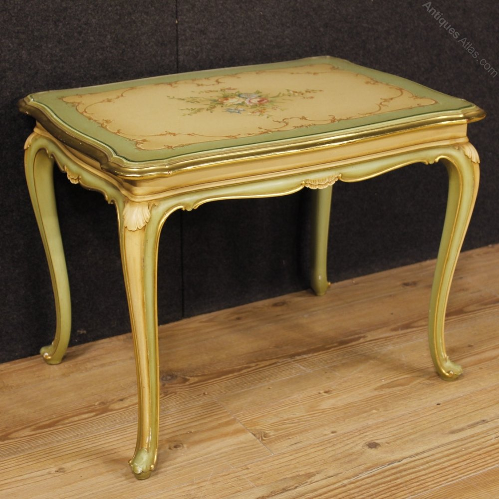 Antiques atlas italian lacquered gilt painted coffee table for Coffee tables painted