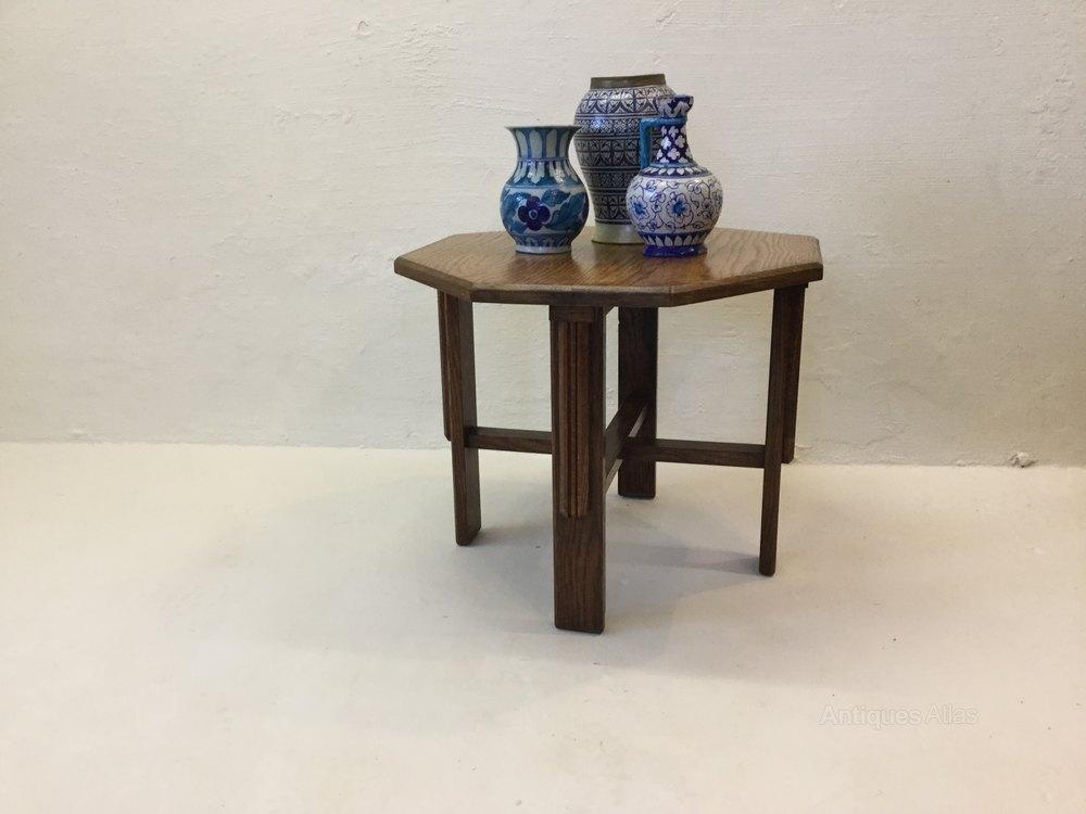Oak art deco lamp table antiques atlas for Z oak lamp table