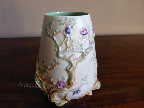 Antiques Atlas Clarice Cliff Vase