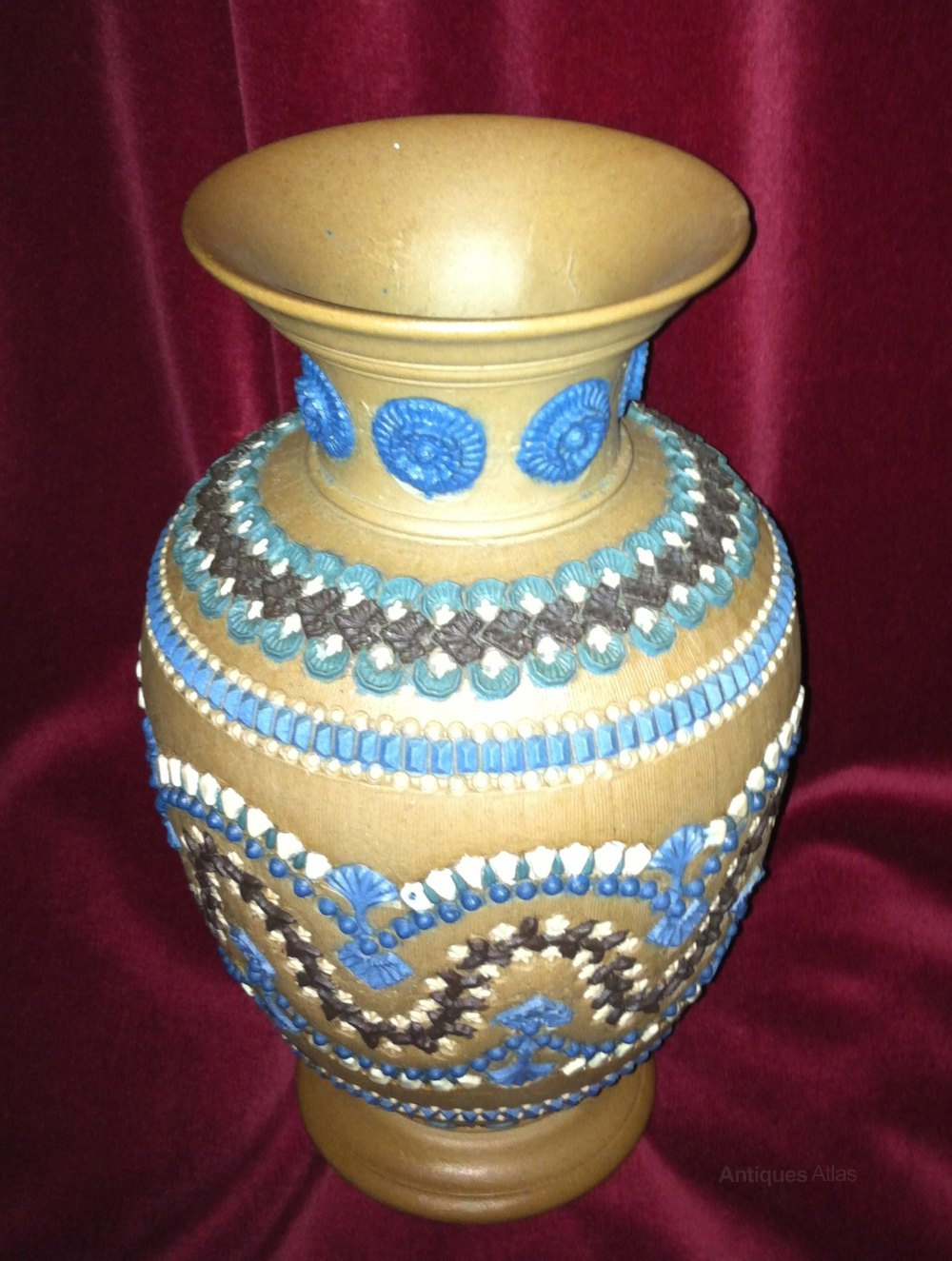 Antiques atlas early doulton silicon ware vase 1882 early doulton silicon ware vase 1882 doulton lambeth pottery vases jugs and plates reviewsmspy