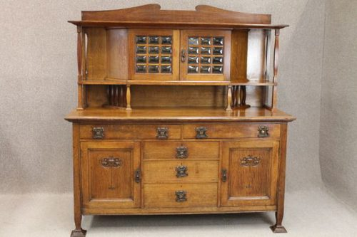 Arts And Crafts Oak Sideboard Antiques Atlas - Antique Arts And Crafts Furniture Crafting