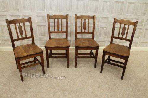 Set of four Edwardian oak kitchen chairs ... - Set Of Four Edwardian Oak Kitchen Chairs - Antiques Atlas