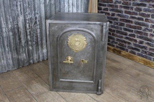 Antiques Atlas - Victorian Vintage Industrial Safe Antique Safe