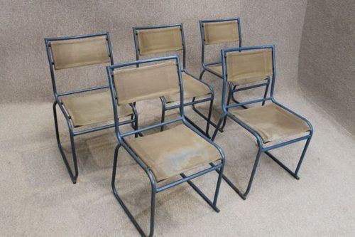 Superieur Vintage Canvas And Metal Stacking Chairs