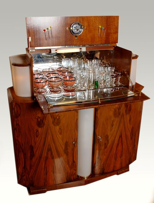Antiques Atlas - Walnut Veneer Cocktail Cabinet