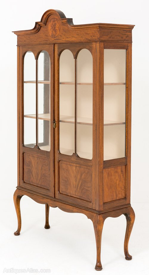 Mahogany 2 Door Display Cabinet