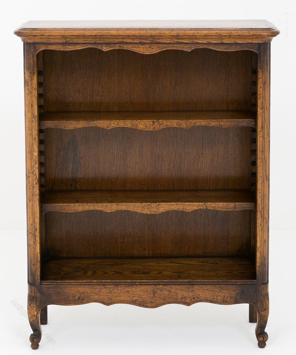Small French Oak Open Bookcase - Antiques Atlas
