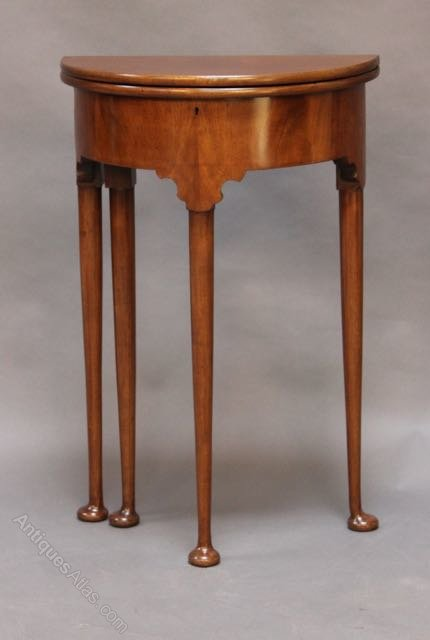 18thc. Style (c.1900) Small Mahogany Demi-Lune Table - Antiques Atlas
