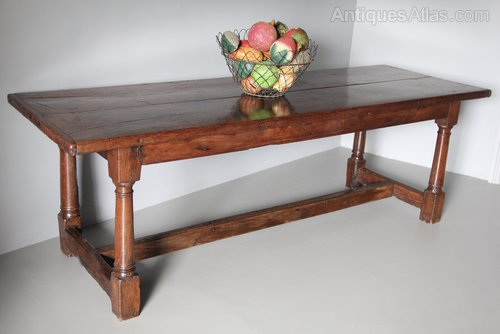 17th century Oak Refectory Table U879