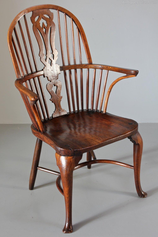 18th Century Cabriole Leg Windsor Armchair. T985 ...