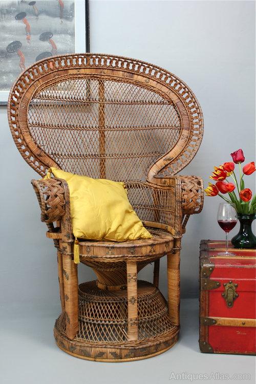 1960 S Rattan Pea Chair