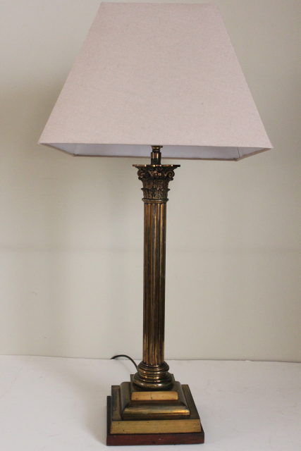 Corinthian column table lamp antique