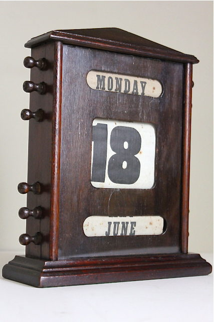 Edwardian Oak Perpetual Desk Calendar Antique ... - Antiques Atlas - Edwardian Oak Perpetual Desk Calendar
