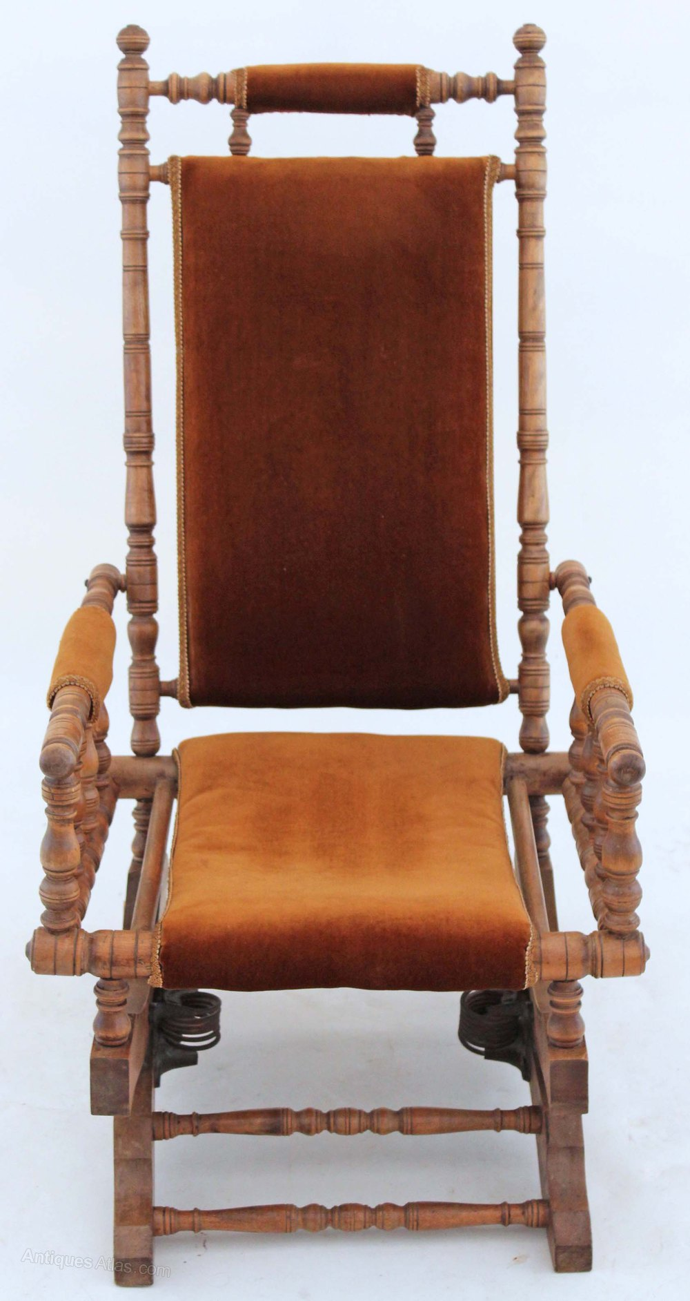 19c Victorian American Walnut Beech Rocking Chair