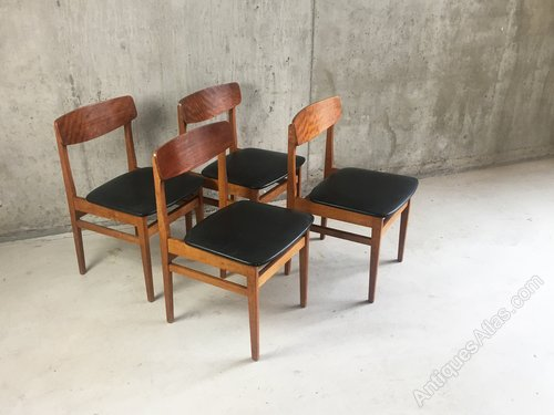4 Mid Century Modern Czech Black Vinyl And Teak Dining Chai