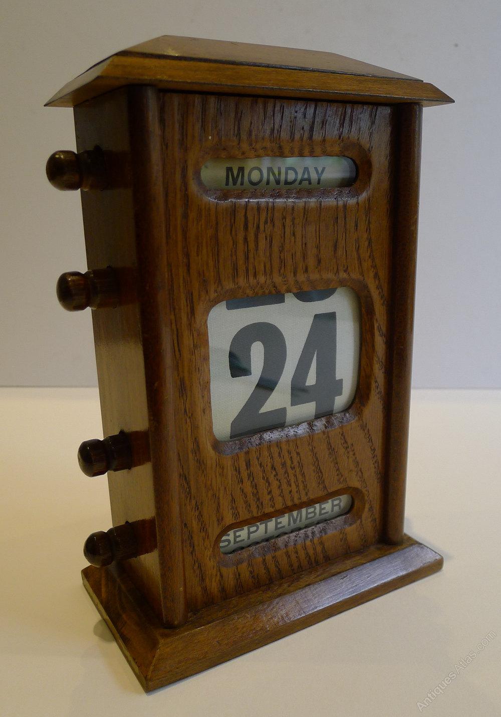 Large Antique English Oak Perpetual Desk Calendar Antique Desk Furniture /  Accessories Antique English Perpetual %%alt5%% %%alt6%% - Antiques Atlas - Large Antique English Oak Perpetual Desk Calendar