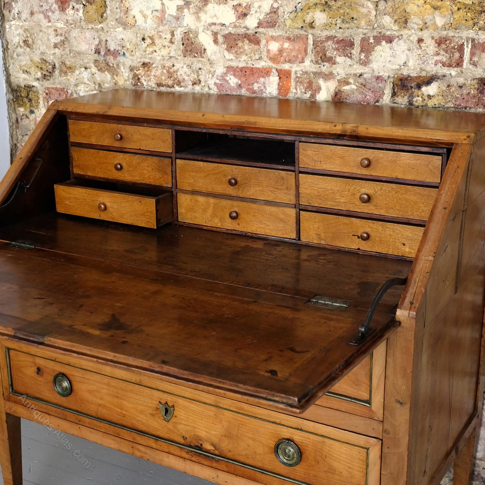 French antique bureau antiques atlas for Bureau antique