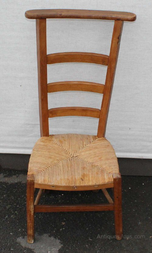 1940's Beech Prayer Chair with Rush Seat - Antiques Atlas - 1940's Beech Prayer Chair With Rush Seat