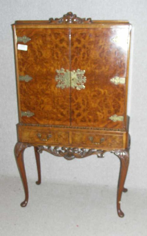 Burr Walnut Drinks Cabinet - Antiques Atlas - Burr Walnut Drinks Cabinet