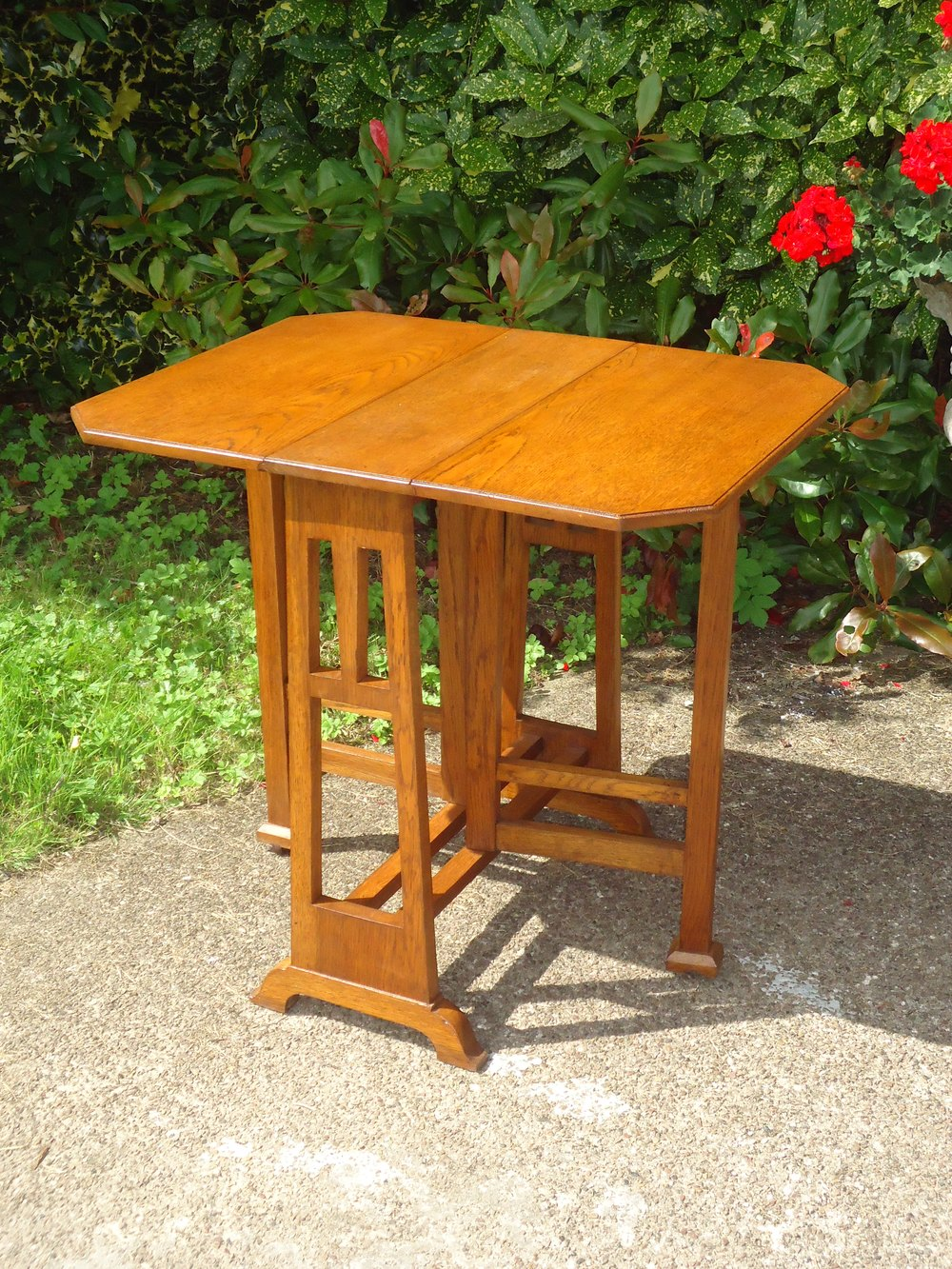 Arts Amp Crafts Oak Gateleg Table Antiques Atlas