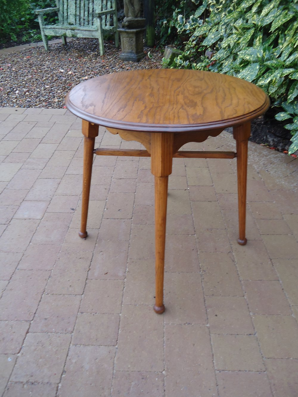 Arts crafts oak lamp table william birch antiques atlas for Z oak lamp table