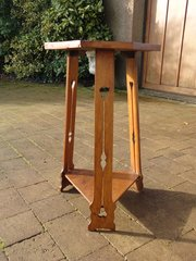 Arts & Crafts oak lamp table or plant stand