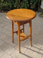 Arts & Crafts oak plant stand or lamp table