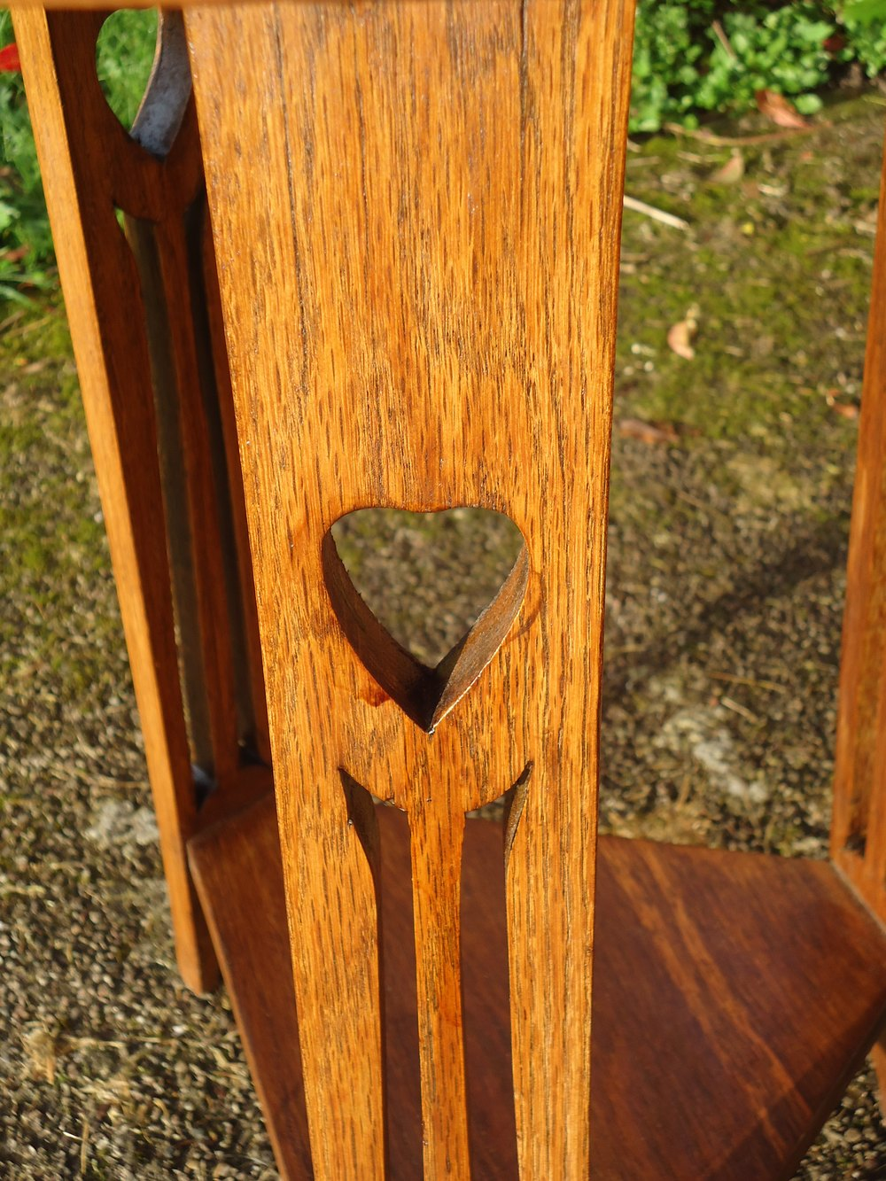 Arts & Crafts Oak Side Table With Hearts - Antiques Atlas