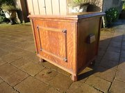 Brynmawr oak linen box designed by Paul Matt