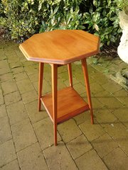 Dainty Arts & Crafts octagonal oak table