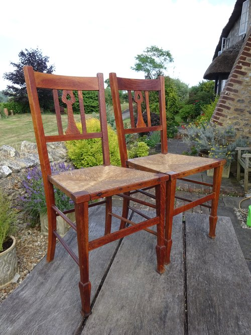 Delightful Pair Of Arts & Crafts Bedroom Chairs - Antiques Atlas