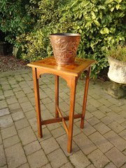 Large Arts & Crafts tiled top plant stand