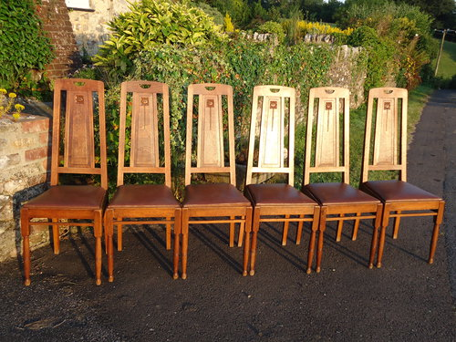 Set Of Six Arts Crafts Oak Dining Chairs