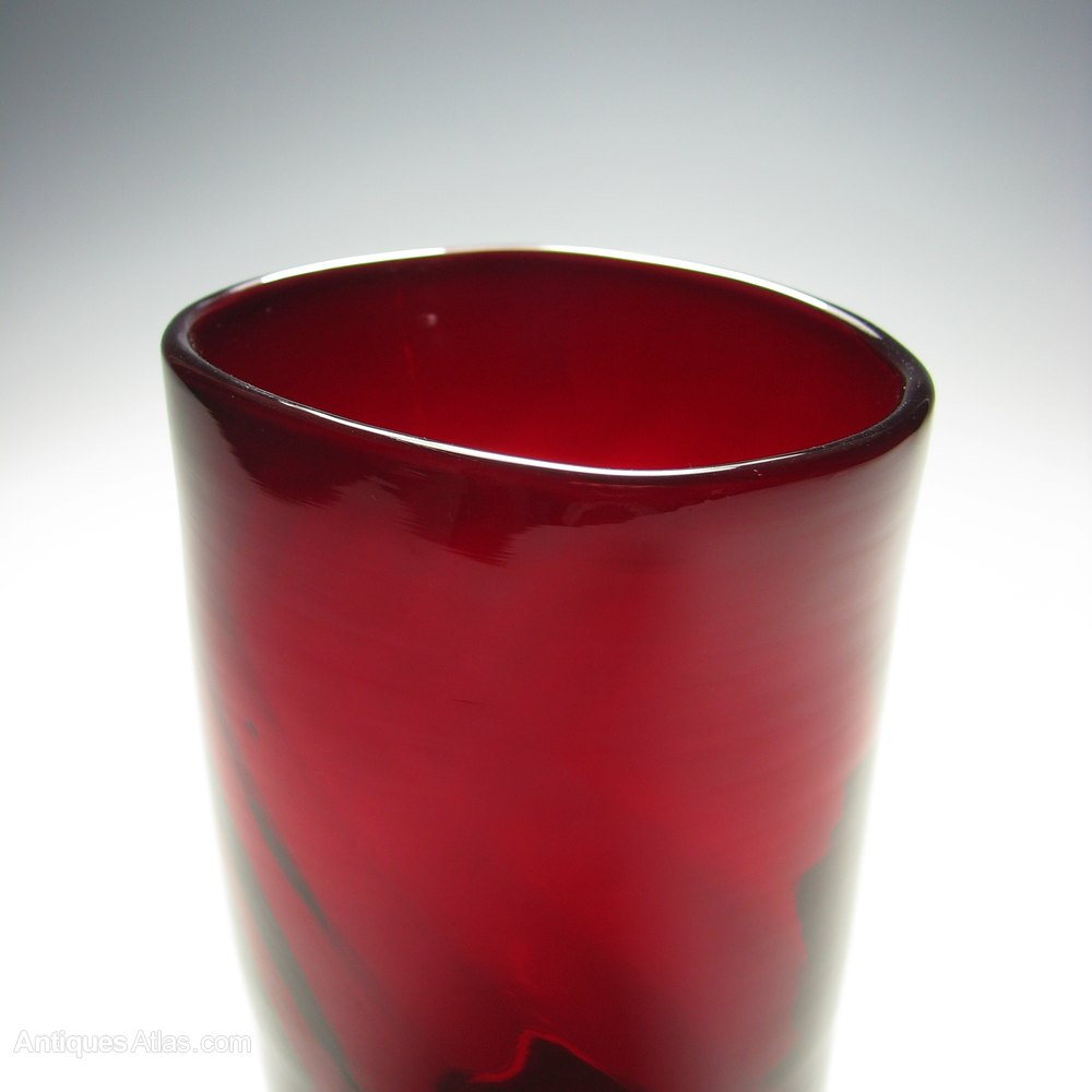 Antiques atlas whitefriars optical moulded ruby glass vase ruby glass whitefriars vase alt5 reviewsmspy