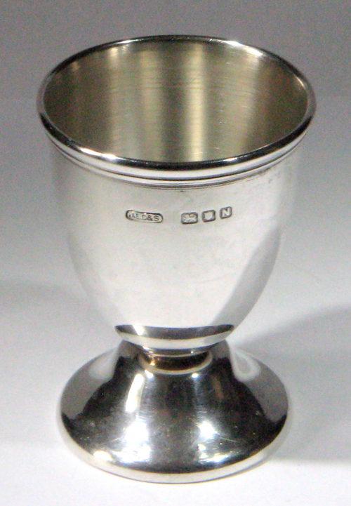 Fine George Vi Silver Egg Cup