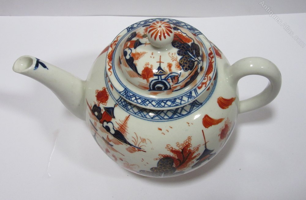Shaun King >> Antiques Atlas - Lowestoft Porcelain Doll's House Pattern Teapot