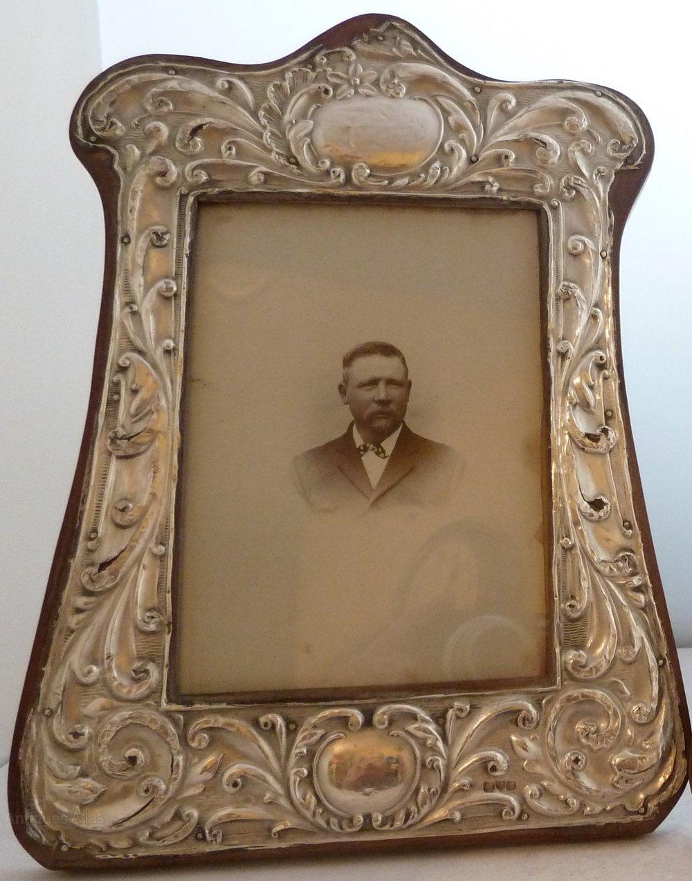 Antiques Atlas - Pair 1910 Solid Silver Picture Frame ...