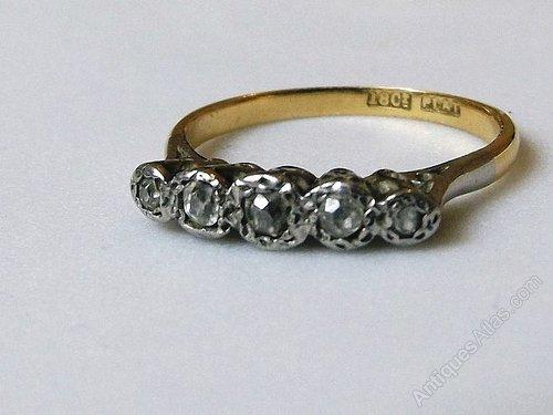 18ct Gold Platinum 5 Stone Diamond Ring Genuine Diamonds = Ring size 8.5