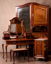 Antique Bedroom Suites - Antiques Atlas
