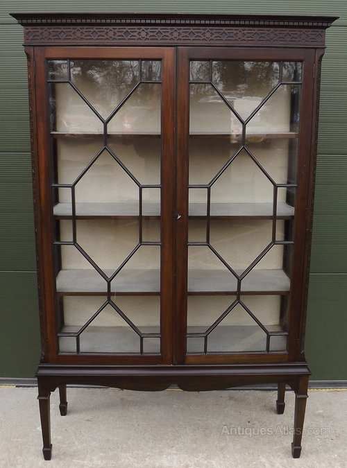 Stunning Mahogany Chippendale Style Astral Glazed Display Cabinet Antique Furniture Edwardian (1901-1910)