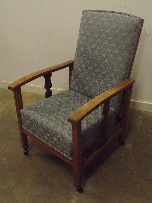 - Oak-Framed Upholstered Recliner Armchair - Antiques Atlas
