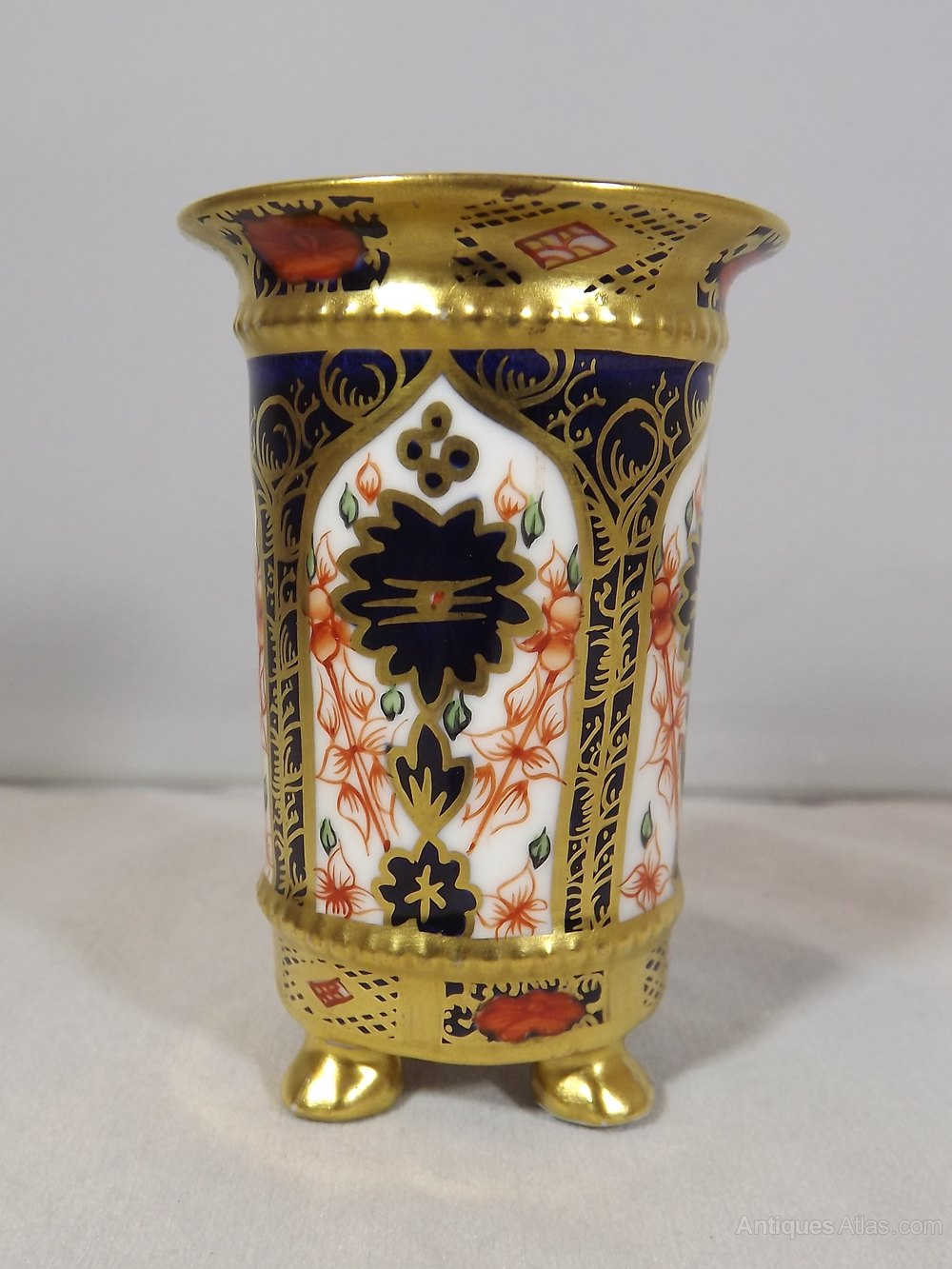 Royal Crown Derby Old Imari 1128
