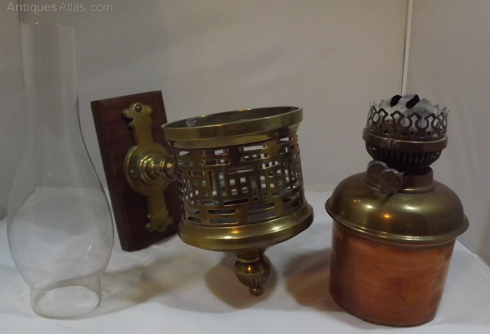 Antiques Atlas Victorian Wall Mounted Oil Lamp With